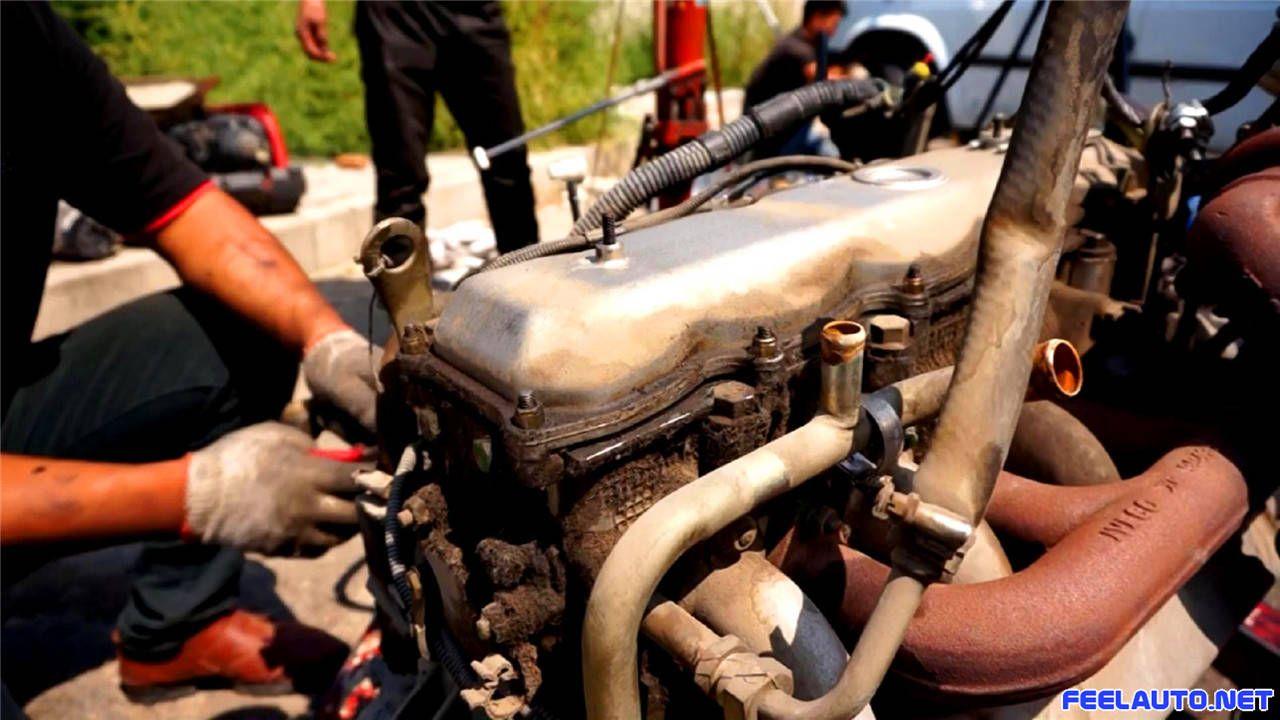 感触汽车-图片-依维柯拆装维修发动机-依维柯2.8t上盖