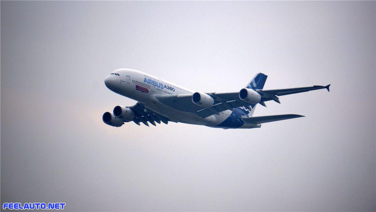 2014珠海空客a380特技飞行表演